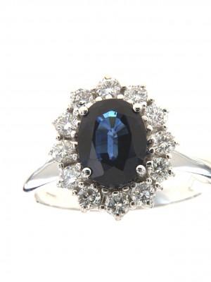 Anello con zaffiro ovale centrale e contorno di brillanti - zaf-108
