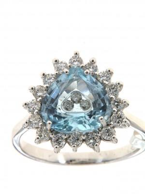 Anello con topazio disponibile sul sito di Floris Diamanti