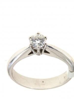 Anello solitario venduto da Floris Diamanti